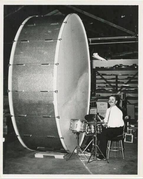 Giant-Bass-Drum-Set